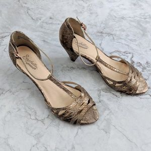 Anthro Seychelles | Metallic Gold Silver Heel 8.5